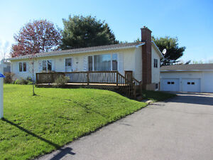 3 Bay Garage, 4 (large) Bedroom Home, Move-In Ready!