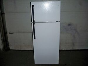"24"" WHITE APARTMENT SIZE FRIDGE!!!!!!!!!!!!!!!!!!!!!!!!!!!!!!!!!"