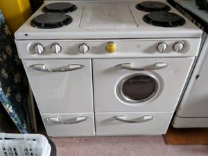 Antique Western-Holly gas stove