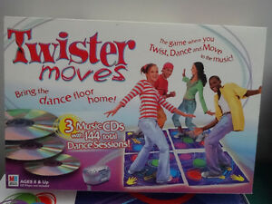 Twister Moves with 3 music CDs game Gatineau Ottawa / Gatineau Area image 1