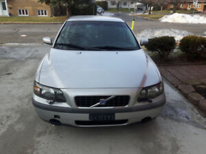 Volvo 2004 (173000km) automatique