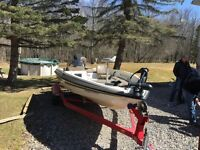 2001 Javelin Bass boat