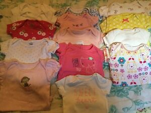 0-3 month Baby Girl clothes London Ontario image 5