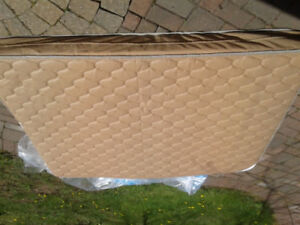 Travel trailer mattress   150 obo