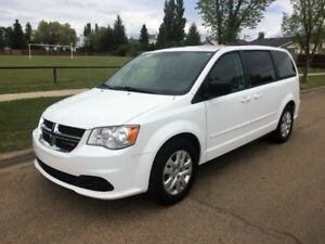 2014 Dodge Caravan SXT in Excellent Condition