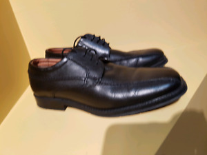 Mens size 6 pure leather dress shoes