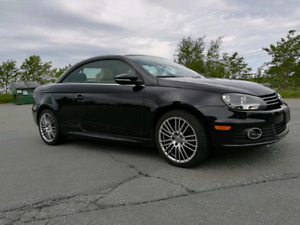 2012 Vw Eos Lux edition Low KM