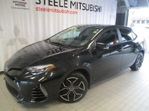 2018 Toyota Corolla SE 6 SPEED MANUAL