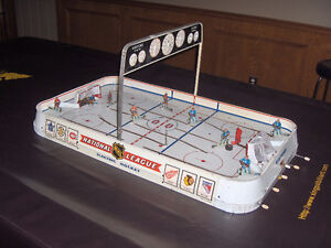1960 NHL Eagle Toys National Table Top Hockey Game Vintage
