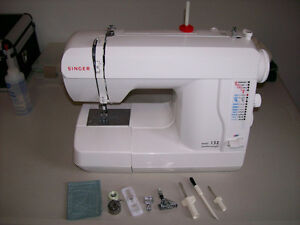 Singer Model 132 Featherweight sewing machine