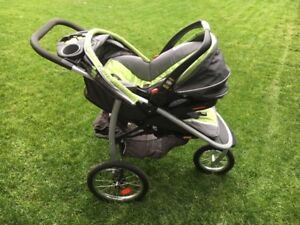 Graco FastAction Fold Jogger System and Click Connect Car Base