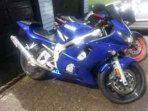 Yamaha R6 YZF Downtown-West End Greater Vancouver Area image 1