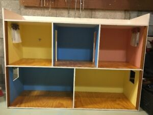 """Wooden Doll House Suitable for Barbie or Other 12"""" Dolls"""