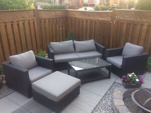 Conversation set buy or sell patio garden furniture in for Outdoor furniture kijiji