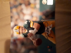 Signed and authenticated Brett Favre 8x10 photo