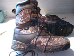 Hunting Boots - Camouflage