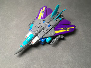 Transformers Power of the Primes. Blackwing
