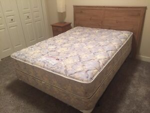 Simmons double  mattress and box spring