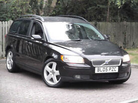 Volvo V50 2.0D SE E4**DIESEL ESTATE**TOP OF THE RANGE**LONG MOT**