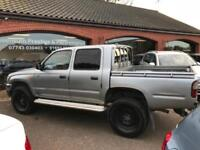 2002 TOYOTA HILUX 2.5 MANUAL CREW CAB GREAT CONDITION FOR AGE