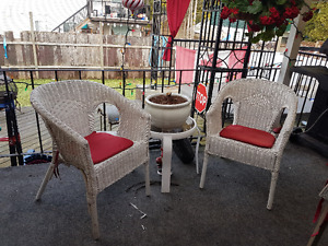 Buy or sell patio garden furniture in vancouver garden for Outdoor furniture kijiji