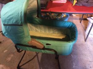 Hauck bassinet