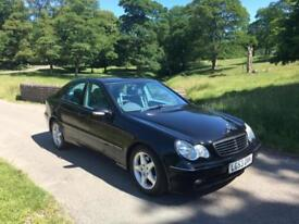 Mercedes-Benz C240 2.6 auto Avantgarde, Sat Nav and full leather