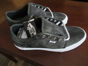 Brand New Men's Vans shoes