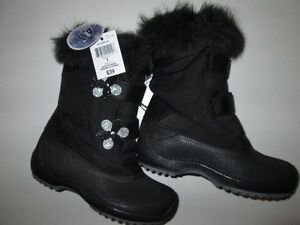 NEW Girls Size 1 and 4 Weather Spirit Winter Boots - Black
