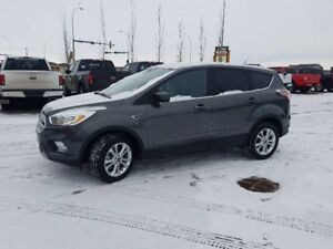 2017 Ford Escape SE2.0L Ecoboost, 4WD, Reverse camera,SYNC,Block