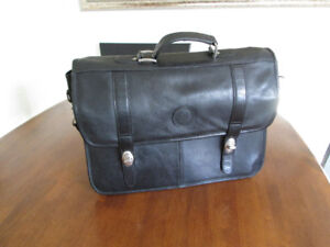 Donlapel Leather Slim Briefcase Bag