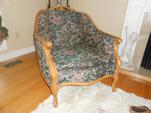 Gracious Old Couch and Chair. Peterborough Peterborough Area image 4