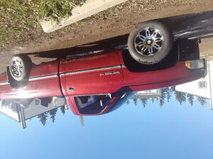 1995 dodge ram 1500 REDUCED from $2000 to $1200 now to $900