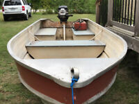 12' aluminum boat with 6hp motor excellent shape no leaks