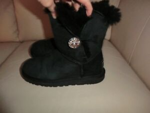 Size 6 Authentic UGGS