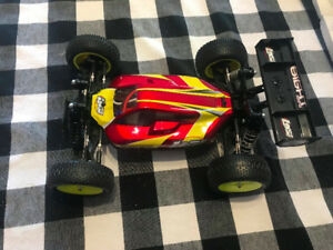 Losi Mini 8 8ight with Spektrum DX3S Remote + Lipos and Charger