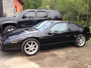 1987 Pontiac Fiero gt Coupe (2 door)