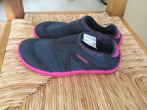Chaussures de plage taille 1,5