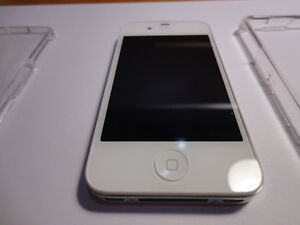 BEAUTIFUL UNLOCKED IPHONE 4s FOR SALE