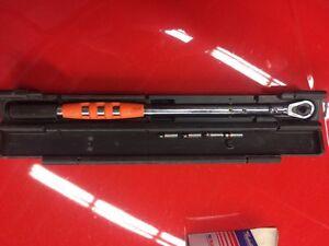 """1/2"""" Matco digital torque wrench 350 OBO Belleville Belleville Area image 4"""