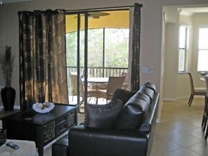 Sofabed for Sale Fort Meyers ( Florida Vacation Condo )