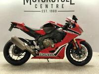 Honda CBR1000RR Fireblade ABS / CBR / Blade / 1000cc Sports Bike / Motorcycle