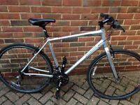 Specialized elite hybrid bike **mint condition** not carrera not Scott not cboardman not giant