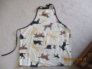 2 barbeque aprons