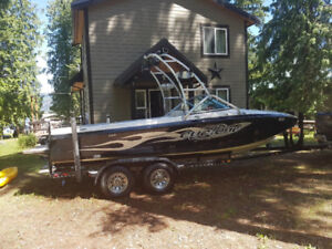 2004 Centurion Cyclone C4, Towboat for sale