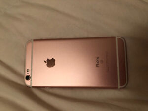 SELLING IPHONE 6S IN ROSE GOLD 16GB