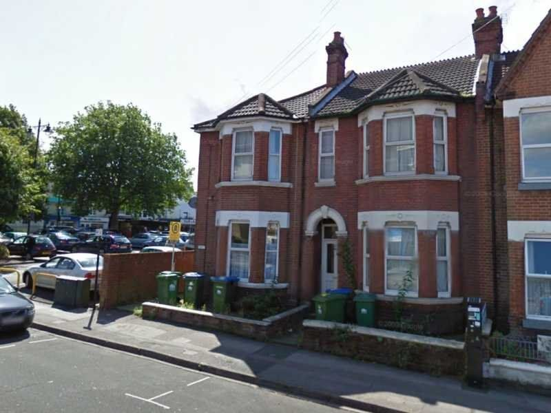 Furnished One Bedroom Flat, Wilton Avenue, Polygon/Bedford Place for £650 Per Month
