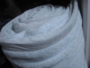 King Size Kirkland Signature Blankets, NEW..out of pkg