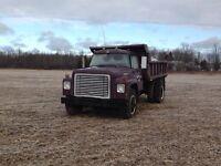 IH 1700 dump truck  MUST SELL ASAP