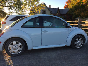 2000 Volkswagen Beetle Sedan